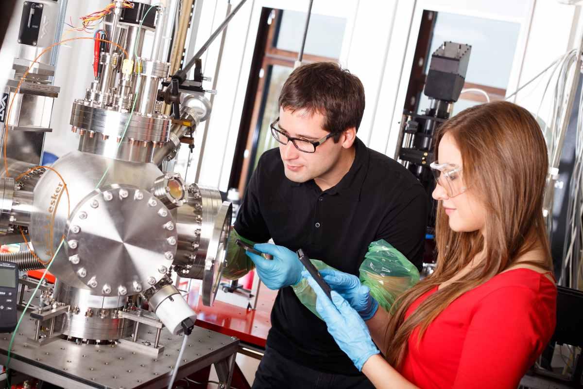 Científicos Colombianos en Europa
